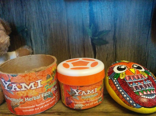 Yami Herbals Homemade Herbal Face Pack Review.
